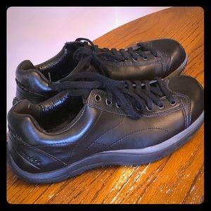 Earth vegan shoes